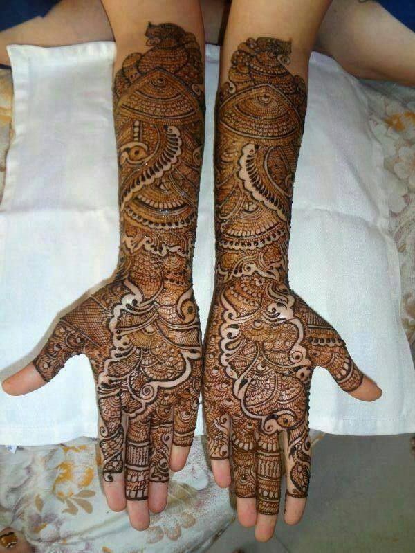 Beautiful #Heena #Mehendi #Bridal Mehendi