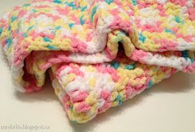 Sweet and Chunky Baby Blanket - uses Bernat Baby Blanket yarn
