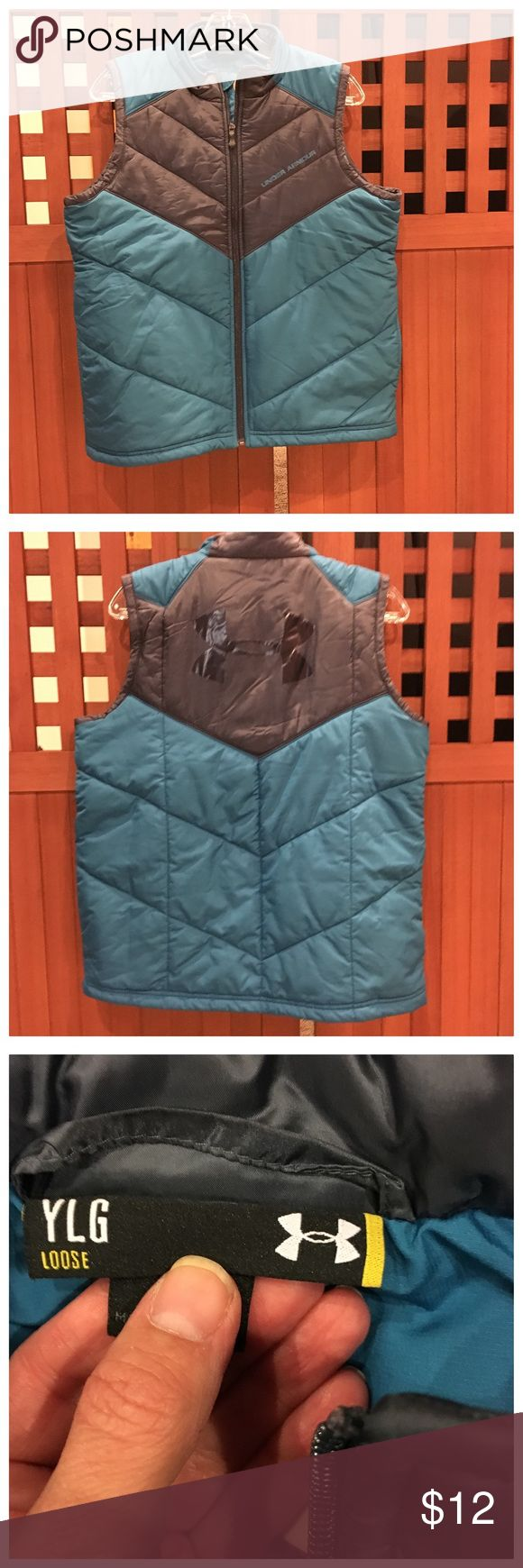 Youth Under Armour Vest Under Armour Vest. Vest is a lightweight puffer vest. Worn and loved.  Size: L Jackets & Coats Vests