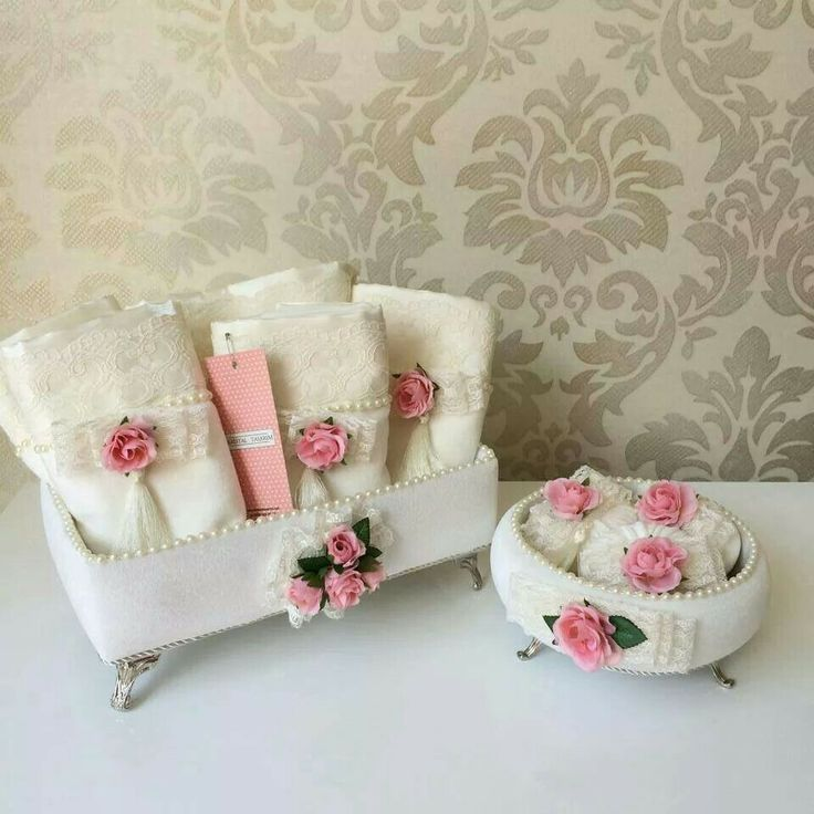 Pretty containers! :)