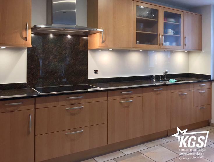 Reparatur eines abwaschbaren Küchenrückwand-Belages durch Echtglas - spritzschutz küche folie
