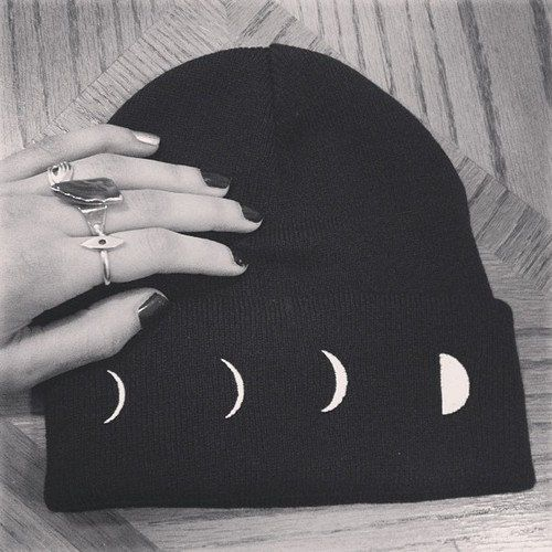 Lunar Phase Toque - Beanie - http://ninjacosmico.com/28-cool-grunge-items-etsy/2/