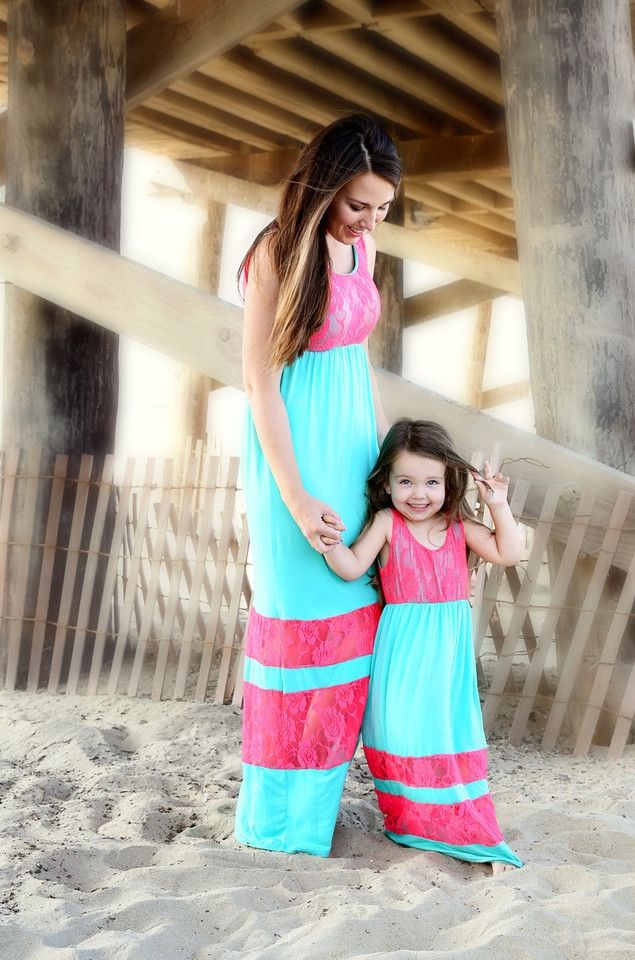 Maxi Dresses for Mom to Be