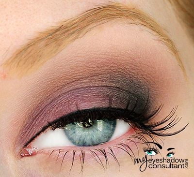 MAC eyeshadows used:  Trax (inner half of lid) Beauty Marked (outer half of lid) Quarry (crease) Vanilla (blend)