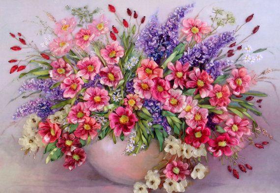 Ricamo  Fiori  Silk ribbon embroidery di SilkRibbonembroidery