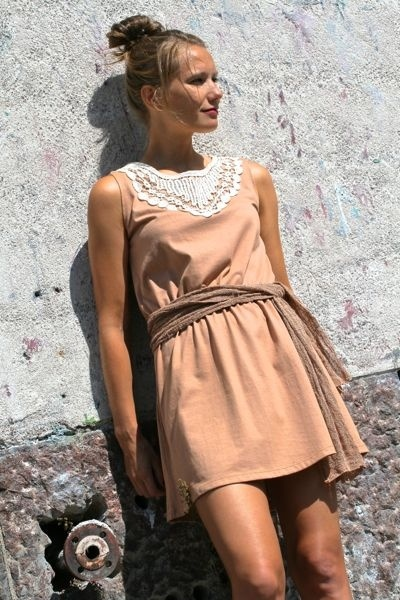 Taika tunic dress in mocha