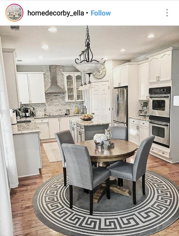 Love The Idea Of A Small Round Kitchen Table Farmhouse Dining Home Home Decor Kitchen