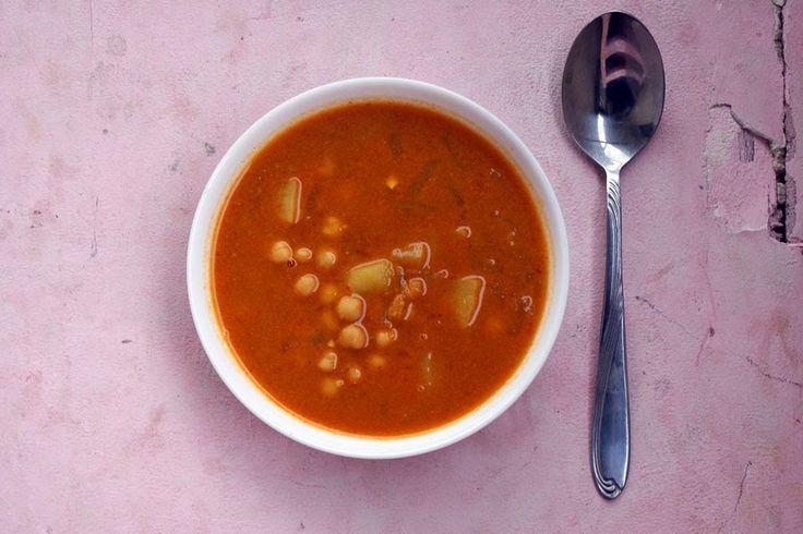 ChilliJemy: Pikantna zupa z ciecierzycy