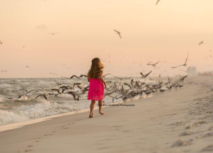 Children beach pictures, Florida, beach clothing ideas, kid beach pictures, Perdido Key pictures, Orange Beach pictures, Gulf Shores pictures, family beach photos // Andrea McDaniel Photography
