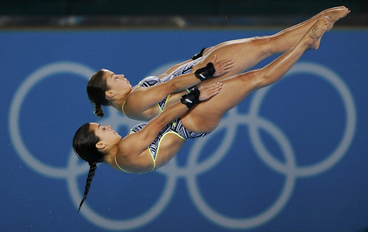 Canada's Meaghan Benfeito (front) and Roseline Filion perform their second dive dive during the women's synchronised 10m platform final on July 31, 2012. (Reuters/David Gray): Second Dive, July 31, Filion Perform, Benfeito Front, Canada S Meaghan, 10M Platform