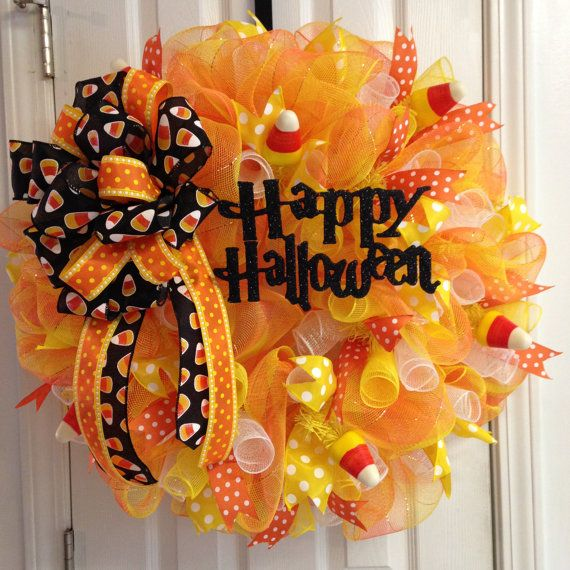 candy corn halloween wreath with bow by beccasfrontdoordecor 7500 - Halloween Candy Wreath
