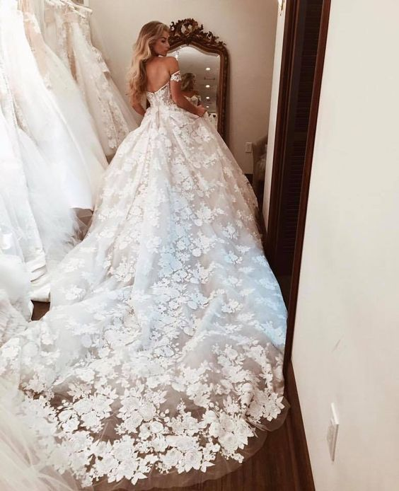 Off the Shouldler Cathedral Train Wedding Dress Bridal Gown with Appliques