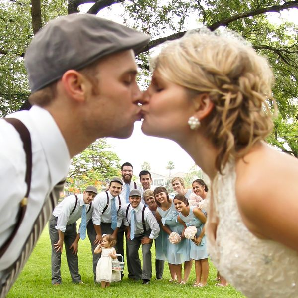 picture frame photoshoot wedding | This sweet wedding photo idea by Bridal Guide is a fun way to get your ...