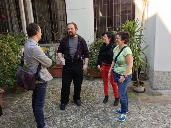Massimo Banzi chatting at #Fuorisalone with MakeTank CEO Laura De Benedetto and others