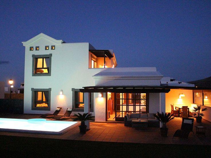 Villa Am Meer In Yaiza: 3 Schlafzimmer, Für Bis Zu 8 Personen. Traum