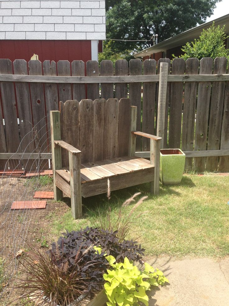 The 25 best old fence boards ideas on pinterest fence for Old wooden fence ideas