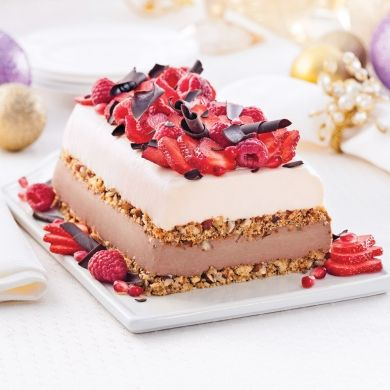 Gâteau étagé au fromage et deux chocolats - Recettes - Cuisine et nutrition - Pratico Pratiques - Noël - Dessert