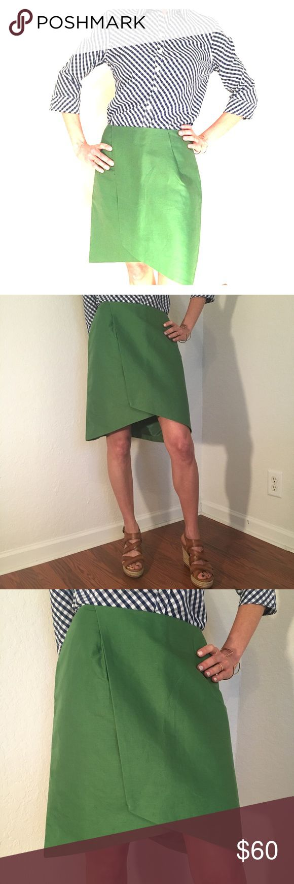 Kate Spade Saturday Green Overlap Mini Skirt Kate Spade Saturday Green Overlap Mini Skirt. 62% Cotton 38% Linen.  100% polyester lining. Super cute design.  Beautiful fabric and color.  🚭Smoke-free home.🚭 kate spade Skirts Mini