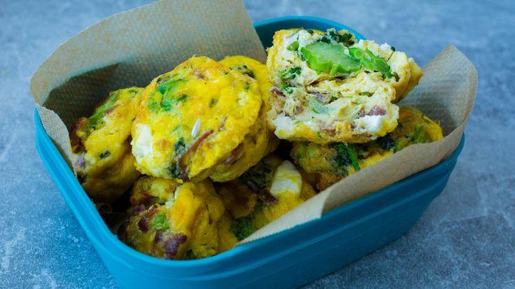 Omelett-muffins med bacon og brokkoli