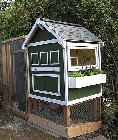 Homemade Backyard Chicken Coop | Apartment Therapy