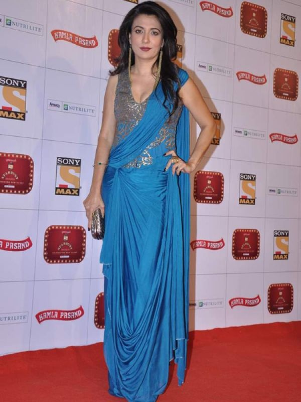 Mini Mathur: Mini looked sizzling in a blue and gold ensemble.