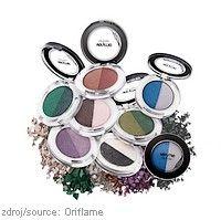 Duo očních stínů Very Me Soft N' Glam #Oriflame  Oční stíny s metalickým efektem, které se dokáží proměňovat stejně, jako tvoje nálada.  www.krasa365.cz