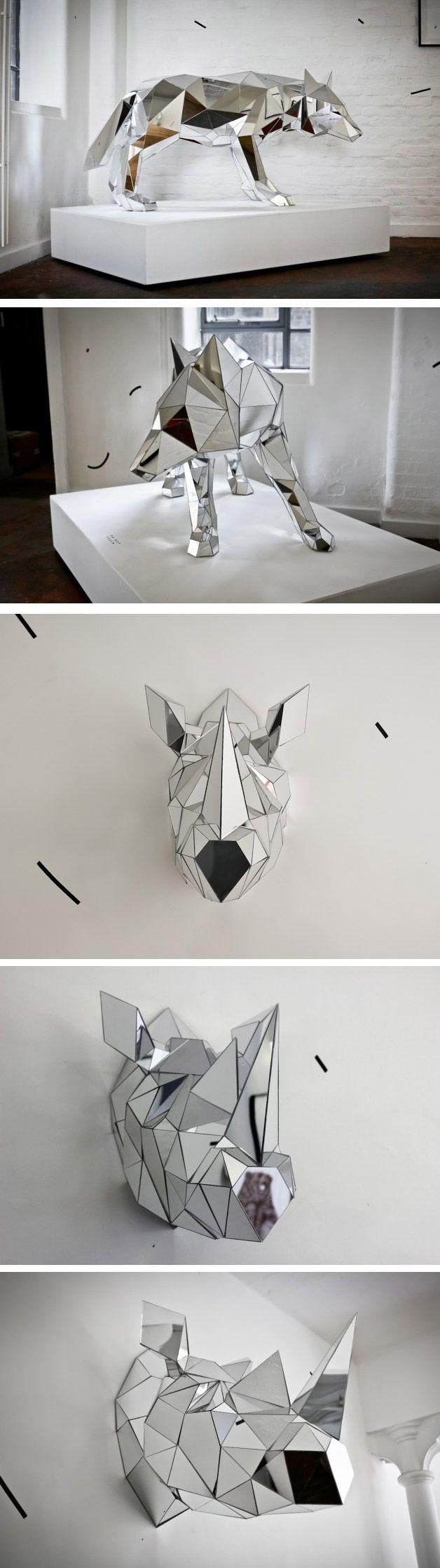 O artista Arran Gregory cria esculturas poligonais de animais usando pedaços de espelhos. Técnica e resultado sensacional.