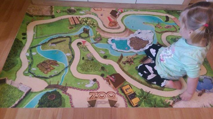 De leukste afwasbare speelmatten. Perfect gemakkelijk om te onderhouden en heel interessant voor kinderen met allergieën aan stof. Bovendien hebben deze afwasbare speelmatten de leukste ontwerpen, van dierentuin tot pirateneiland... Ontdek ze allemaal bij Onlinemattenshop.be