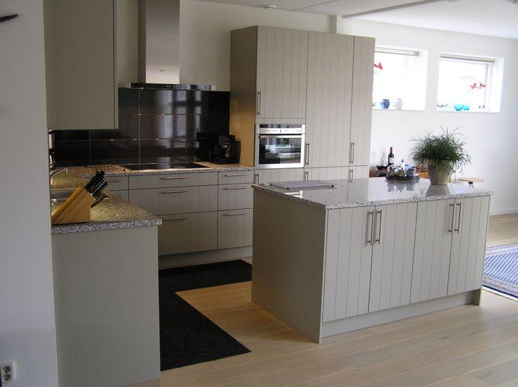 h cker systemat gelakte keuken portfolio keukens badkamers van ennovy pinterest. Black Bedroom Furniture Sets. Home Design Ideas