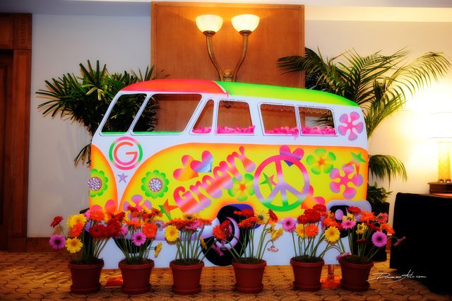 60 39 s hippie theme bar mitzvah party ideas buses flower for Decoration 70s party