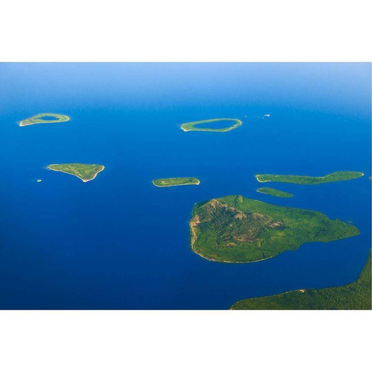 Somewhere over the Sulu Archipelago, Mindanao. #theextramileproductions #sulu #tawitawi #mindanao #islands #aerial