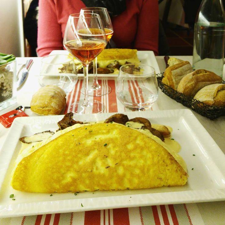 Best 25 best omelette ideas on pinterest recipe for baked omelette recipes with flour - Omelette de la mere poulard ...