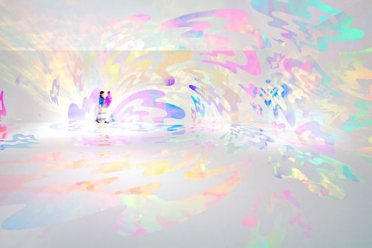 Artist Asae Soya transforms mundane, white rooms into psychedelic experiences.