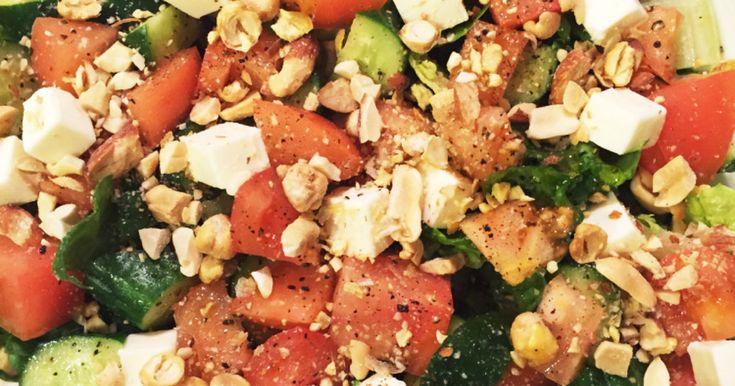 ミックスナッツがアクセント!絶品サラダ by ゆりママ819 [クックパッド] 簡単おいしいみんなのレシピが261万品