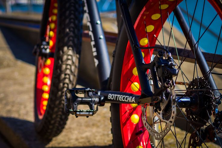 #ajar #background #bicycle tires #bike #biker #black #bokeh #brake #close #cycle #cycling #desktop background #detail photography #fatbike #ferris wheel #fun #hydraulic #lake constance #leisure #mature #mega #metal #mo