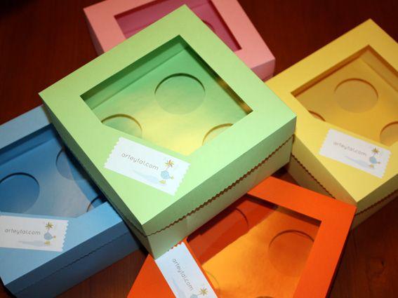 Tutorial castellanl cajas 4 cupcakes