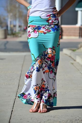 Floral Mint Maxi Skirt- summer fashion trend__Aqua again, I think I'm in love with it. Never plain, I'm only attracted to the print over this color it's complementary. I would also need a different length since I would trip in this.