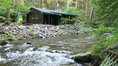 Tannersville Cabin Pennsylvania Rental: Get Cozy At Big Al's Poconos Creek House - Wireless Dsl & Trout!! $249.00 per night 1 bedroom