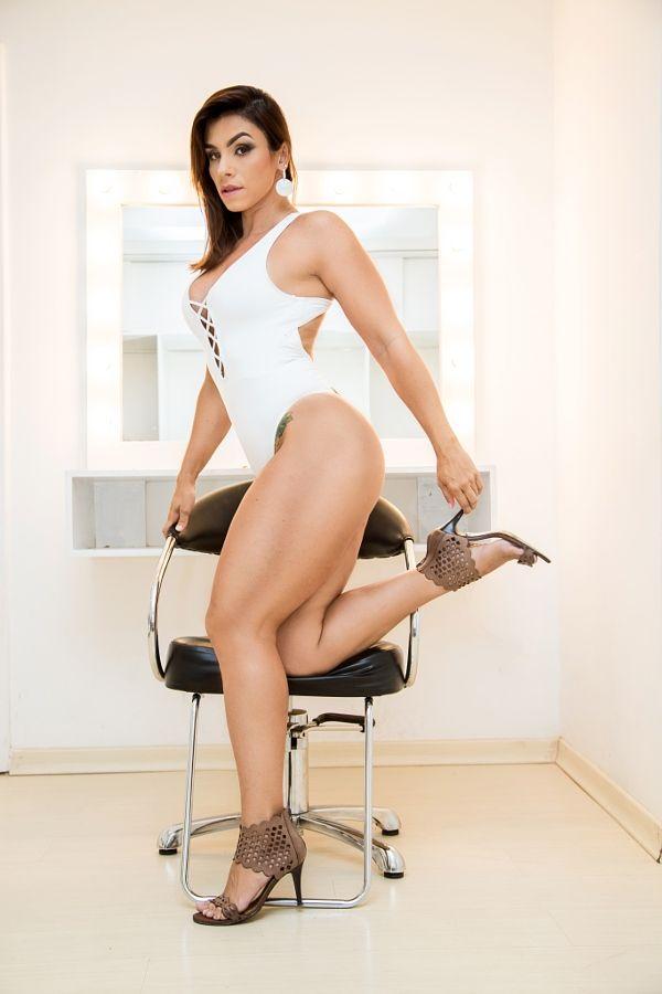 Michele Miranda by Paulinho Rodrigues - Photo 144497149 / 500px