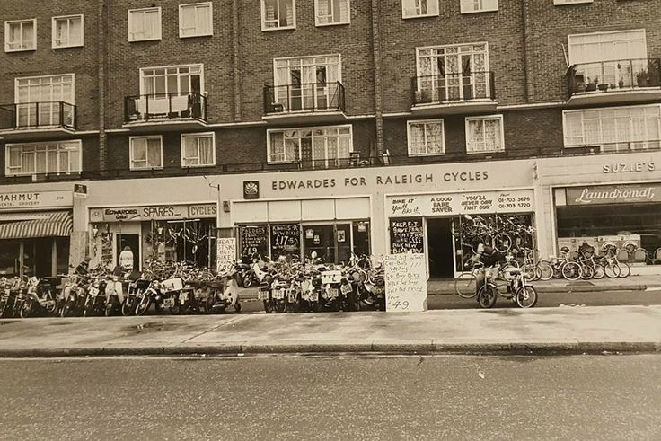 Edwards Bike Shop Camberwell Road Camberwell South East London England in 1979