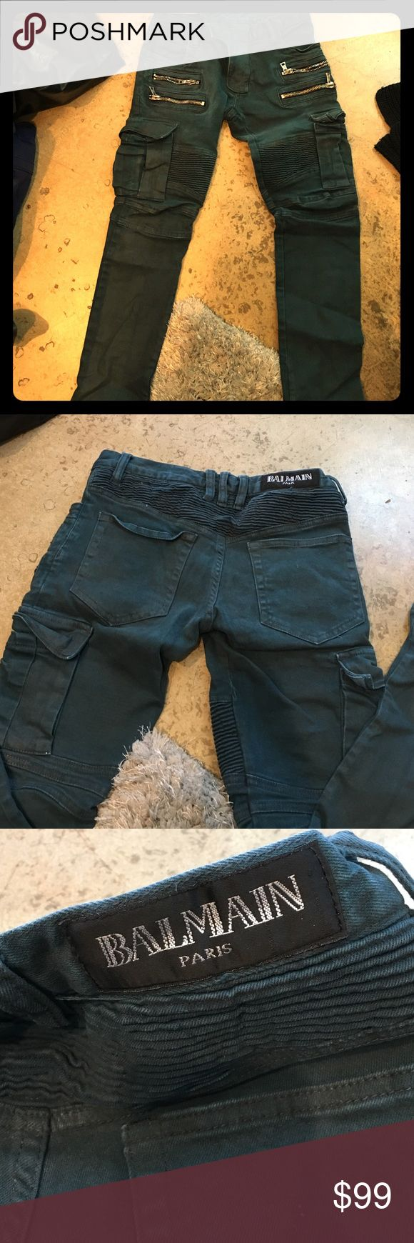 BALMAIN Cargo pants s29 Balmain jeans,size 29 but runs as 27. Made in Japan. They are coated and the color is Peacock. Missing 1 loop but is not really needed to function. These are pre-owned. Washed. Sample sale purchase. Balmain Jeans Skinny