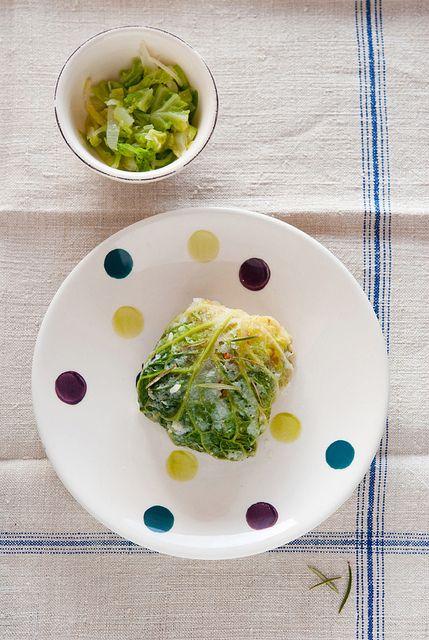 Involtini vegani di verza con riso e verdure