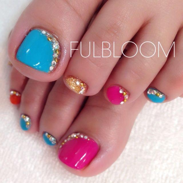 Pink-Blue-Gold Rhinestones Toe nail art