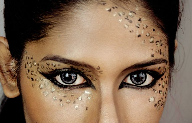 Classic leopard print makeup & catty eyeliner! Video tutorial included