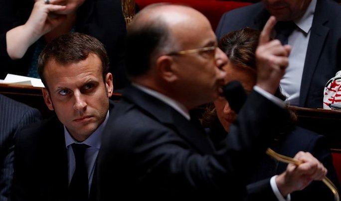 Le Premier ministre est descendu dans l'arène politique afin d'avertir les Français des dangers que représenteraient Marine Le Pen, François Fillon ou Jean-Luc Mélenchon.