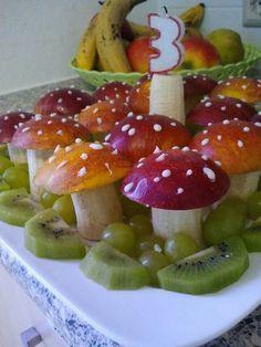 Dê mais frutas para as crianças! Aqui estão algumas criações de frutas divertidas para …