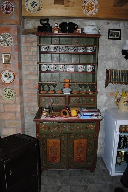 Painted furniture in Torockó dwelling