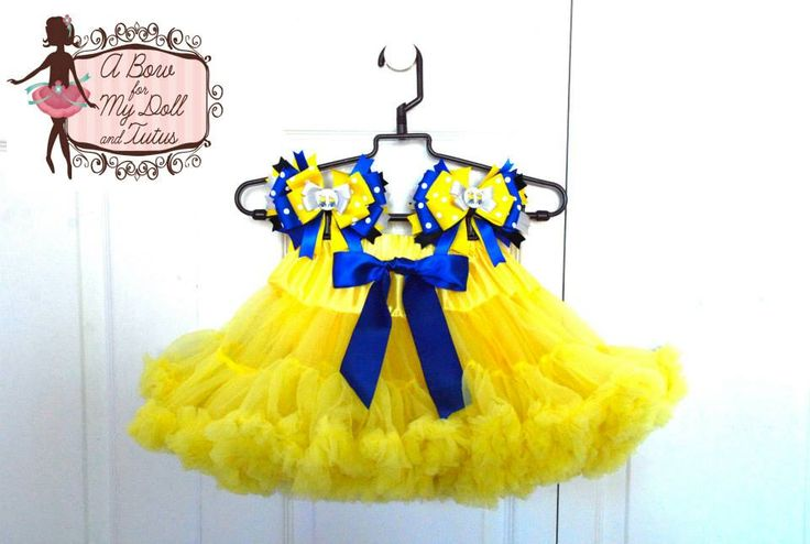 Minions Pettiskirt and Hair Bows Set Check out our shop to see all of our adorable hair bows and pettiskirts!  http://abowformydoll.storenvy.com/ 'LIKE' our Facebook Page https://www.facebook.com/pages/A-Bow-for-my-Doll-Tutus-by-Gloria-Chang/237381999629806