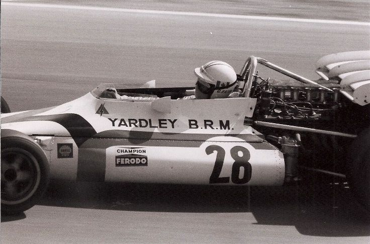 #28 George Eaton (Cdn) - BRM P160 (BRM V12) 15 (21) Yardley Team BRM