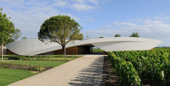 Saiba mais sobre o Château Cheval Blanc: http://www.lepetitsommelier.com.br/blogs/le-petit-sommelier